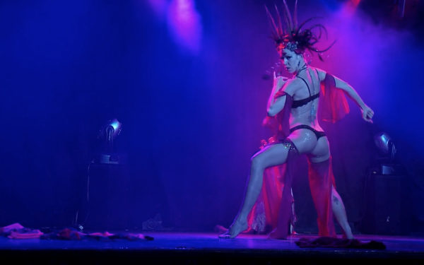 glitter-tribe-screen-shot-Angelique-DeVil-performing-3